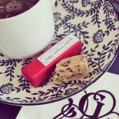 RECETTE_fudge_caramel_mou_pistache_cranberry_gourmand_et_curieux_2018